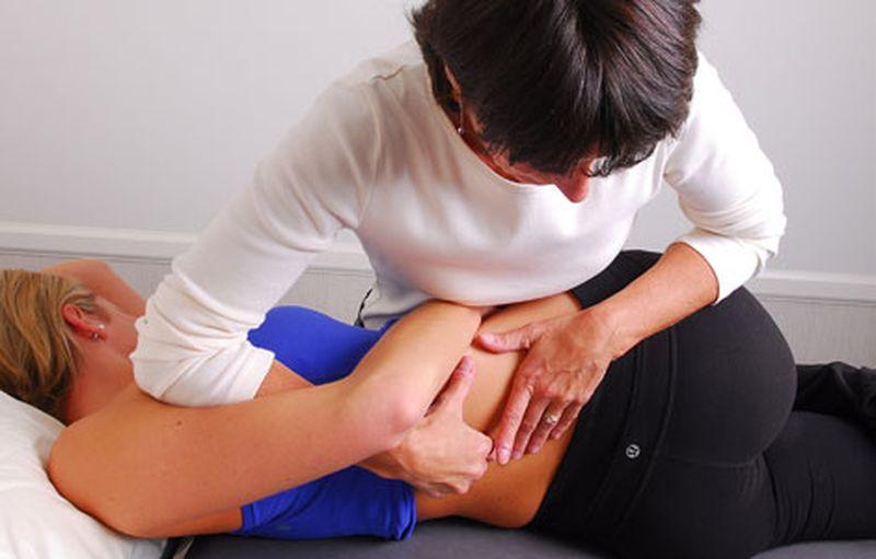 Общий массаж позвоночника